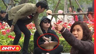'Cô gái mù ăn xin' bị kẻ gian trộm tiền giữa phố, điều gì xảy ra? | Camera giấu kín [Số 2] | ANTV