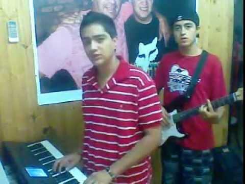 Entre El Cielo Vos Y Yo - La Liga  // Teclado Y Guitarra