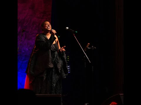 Ms. Lisa Fischer with Taylor Eigsti on piano at Sony Hall for the Lisa Fischer Social Club  | Ain't no Sunshine