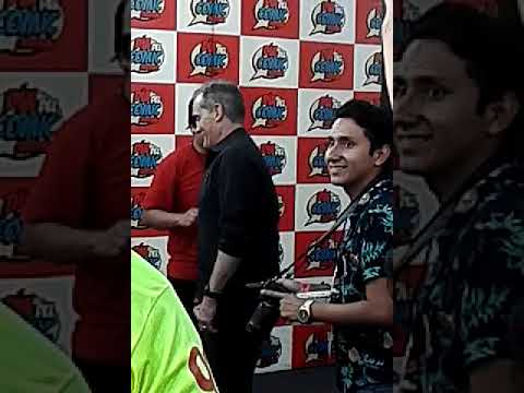 Actor de Flash (John Wesley Shipp) en Peru