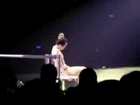 極度莫文蔚香港演唱會--演唱曲目:堅強的理由(東方瑪丹娜)