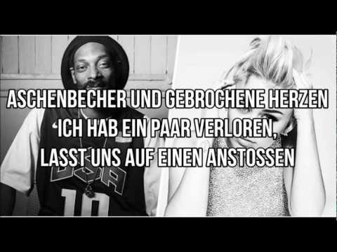 Baixar Snoop Lion feat. Miley Cyrus - Ashtrays and Heartbreaks (Deutsche Übersetzung)