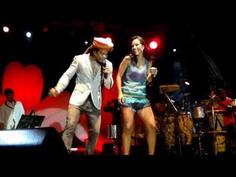 Baixar Carlinhos Brown e Ju Moraes (Samba D'Ju) - Aleluia do Forte