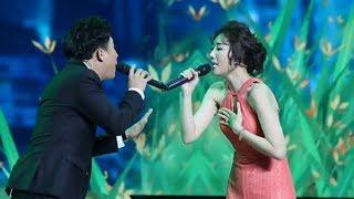 Từ Giây Phút Đầu - Trấn Thành ft. Hari Won | Live Sân Khấu Siêu Ngọt Ngào