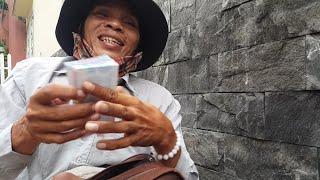 Trao 8 triệu Việt Kiều Mỹ & Úc gửi chú Nguyên bại liệt bán vé số