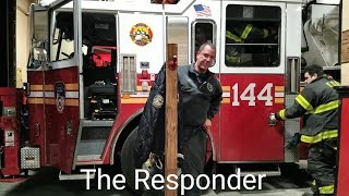 """[FDNY] 1ST DUE TO A """"PRIVATE DWELLING FIRE"""" - ENGINE 295 & TOWER LADDER 144"""
