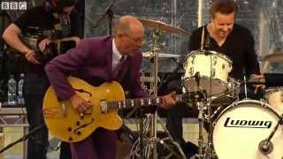 Andy Fairweather Low & The Low Riders - Lighting Boogie (live at The Quay)