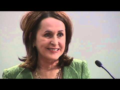 A Conversation with Carol Higgins Clark - YouTube