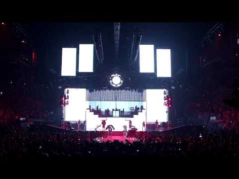 Black Eyed Peas @ Staples Center (HD) - Rock That Body