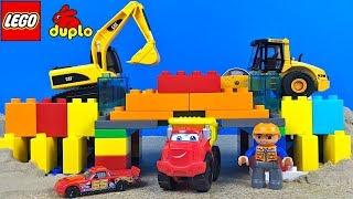 MIGHTY MACHINES BUILDING A BRIDGE USING LEGO DUPLO & KINETIC SAND