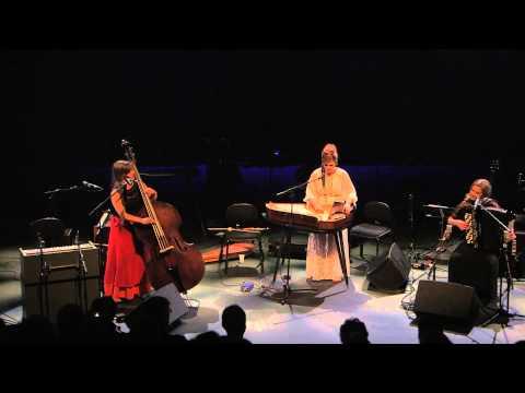 Rönsy - Rönsy - Puuma (live Malmitalo, Helsinki 2014)
