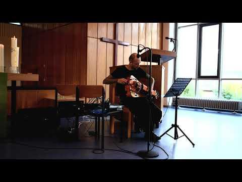 Sheonator Pseak - Animalized Humans. Hurdy Gurdy live performance in Paul Schneider Haus