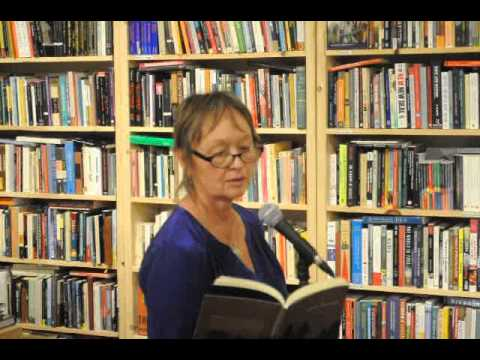 Deanna Young Reads