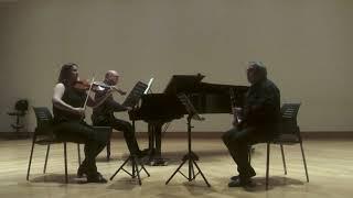 Trio Kegelsttat Kv 498 Mozart Pequeño Clip 3