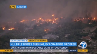 Anahiem Hills California CANYON FIRE 2 LIVE