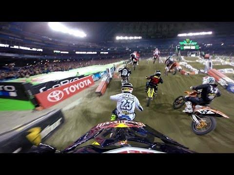 Supercross Toronto : James Stewart fait une remontée fantastique