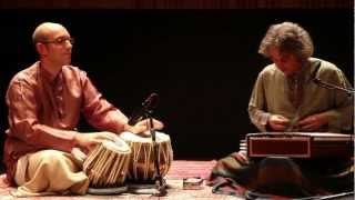 Shawn Mativetsky - Jonathan Voyer, santoor and Shawn Mativetsky, tabla