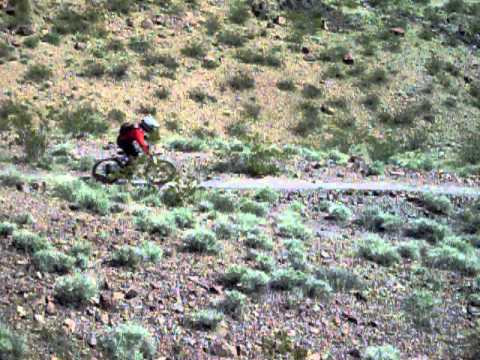 MTB How To Video, Manny showing proper Body Position