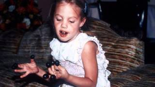 Angelina Jolie As Child