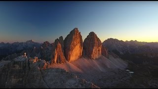 "Flying on the Dolomites - 4K Video (3 Zinnen @ 2' 45"")"