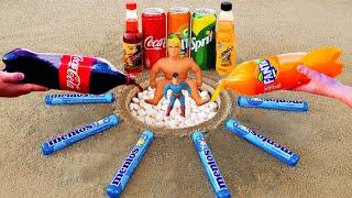 Big Stretch Armstrong vs Superman Small! Sprite, Fanta, Sting, Coca Cola vs Mentos Underground!