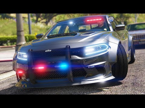 LSPDFR - Day 887 - Wide Body Police Charger
