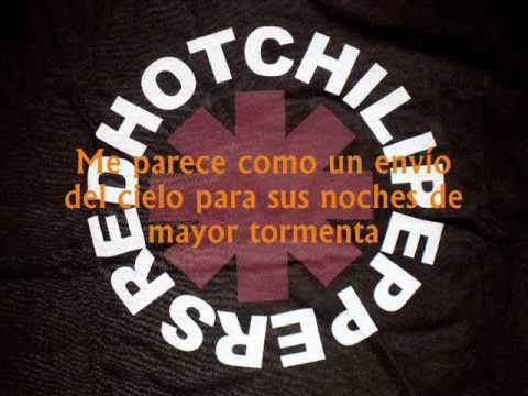 Red Hot Chili Peppers - She looks to me traducida