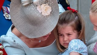 See Kate's lightening-quick mom reflexes when Charlotte falls on the Palace balcony