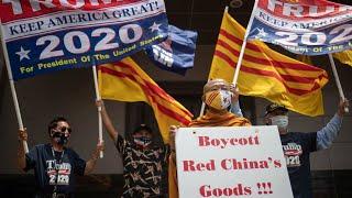 Ngoạn mục: Tầu cộng rút khỏi lãnh sự quán Houston, Texas giữa tiếng reo hò chế giễu của người Việt