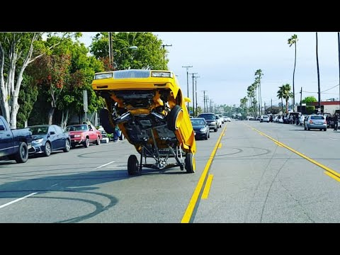 Lowrider Gas Hopping & Hittin' switches Broadway Blvd