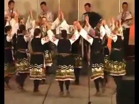 Bulgarian Folklore Music And Dance Association - The Girls Fest in Shopluka (Момински празник в Шоплука)