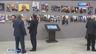 В Омске впервые открылась фотовыставка в честь 150-летия прессы