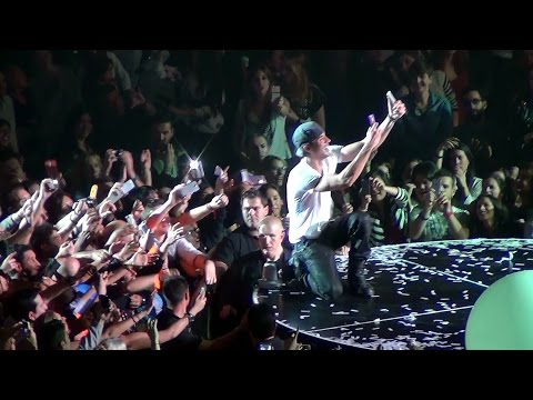 Baixar Enrique Iglesias en Barcelona - I Like it