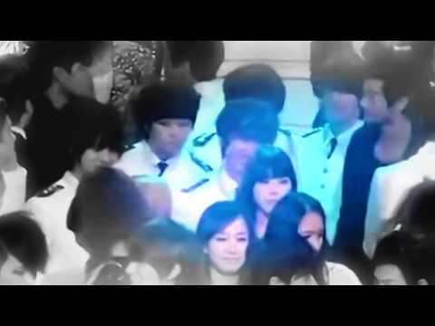 IU & SUPER JUNIOR EunHyuk Moment