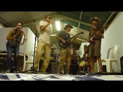 Tres canciones Cover Diomedes Diaz  Red social grupo musical  en  vivo