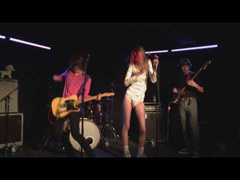 Starcrawler - Let Her Be - Live