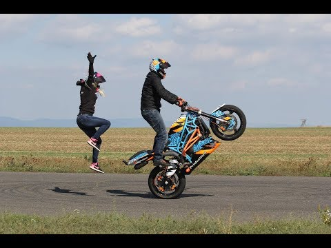 Martin & Kate - Practice Day 1, 2 (motorcycle stunts)
