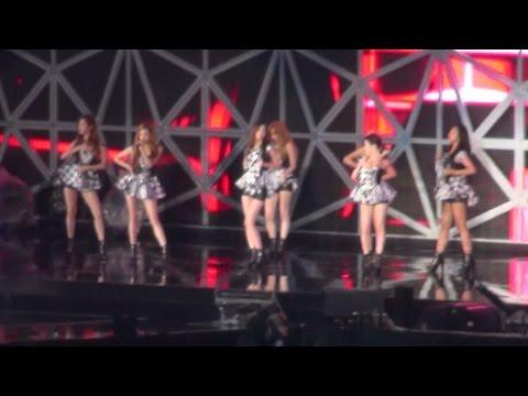 [HD] Fancam 141005 SNSD 少女時代 - Paparazzi @ SMTOWN LIVE WORLD TOUR Ⅳ in TOKYO