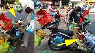 Người đàn ông bí ẩn chất mọi thứ lên xe máy đi khắp Sài Gòn làm nghi lễ kì lạ