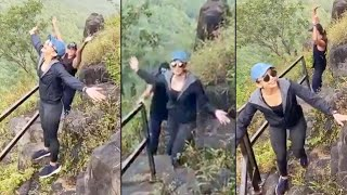 Tollywood beauty Rakul Preet Singh trekking video goes vir..