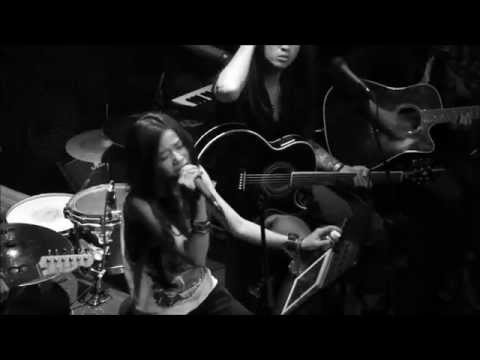 Baixar Summertime sadness - Parasite cover [ Acoustic mini liveshow 1/4 ] RFC bar