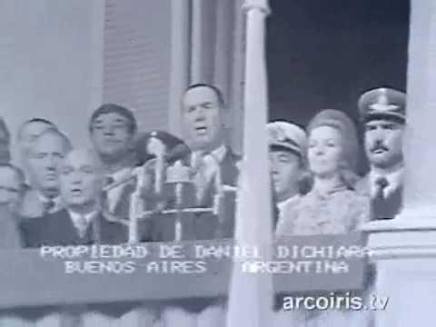 Peron echa a los Montoneros de la Plaza de Mayo - 1 de mayo de 1974 - Video 1/2