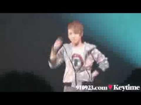 SHINee(key)がPerfumeのチョコレイト・ディスコ ワンルーム・ディスコを踊る