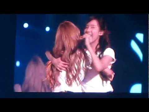 [FANCAM] 120804 SMTown Tokyo 2012 SNSD 少女时代 Kissing You