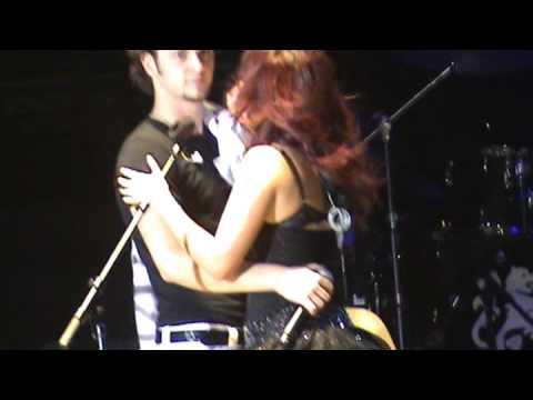 Baixar Beso de Dulce y Christopher cantando