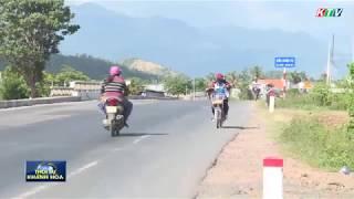 Vạn Ninh: nguy cơ tai nạn giao thông do học sinh đi ngược chiều đến trường