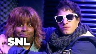 SNL Digital Short: Two Worlds Collide Ft. Reba McEntire - Saturday Night Live