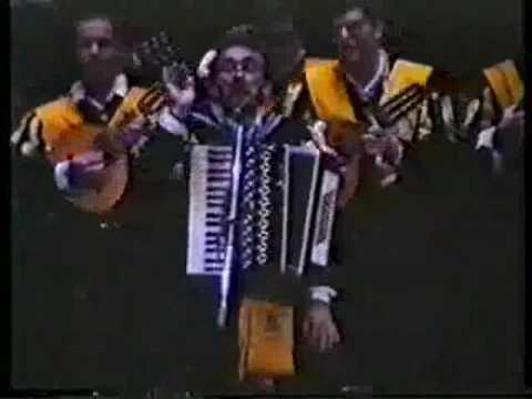 Tuna Medicina Cádiz. (1992 Oviedo). Naranjitay 2/5