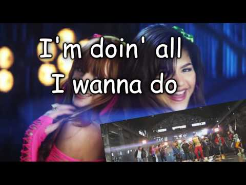 Bella thorne & Zendeya coleman [Shake it up] - Watch Me (lyrics)