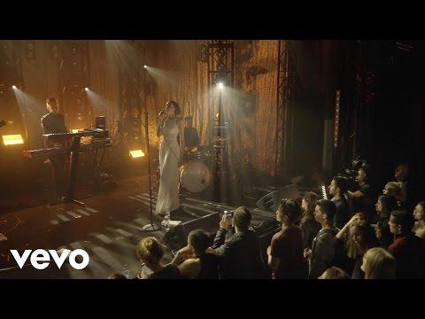 JONES - Indulge (Live) - Vevo @ The Great Escape 2016